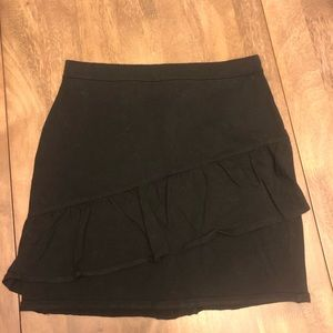 Hollister Black ruffled stretch mini skirt medium